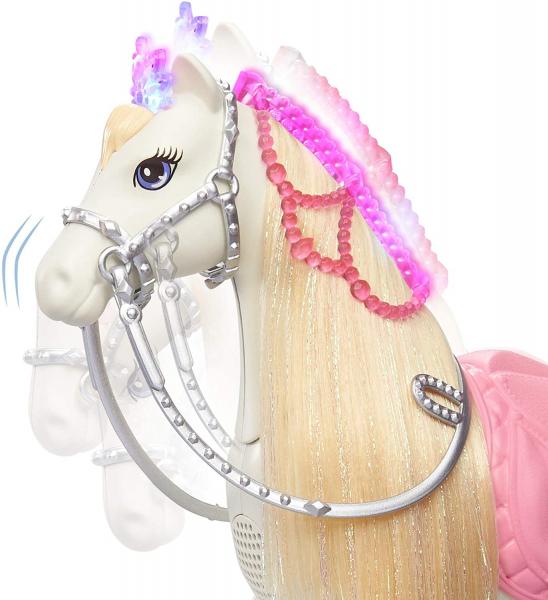 Papusa Barbie Princess Adventure si calul ei magic 3