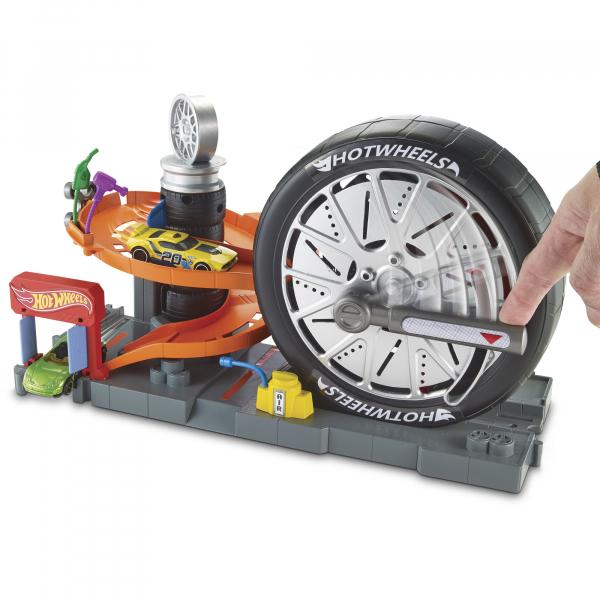 Set Hot Wheels City Deluxe, Cursa Extrema 1