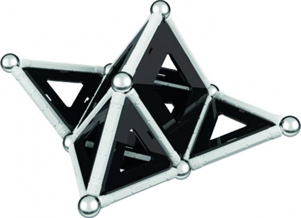 Set de constructie magnetic Geomag Black&White 68 piese 2