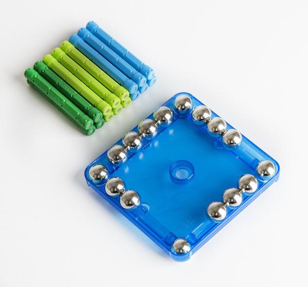 Set de constructie magnetic Geomag color 35 piese 1