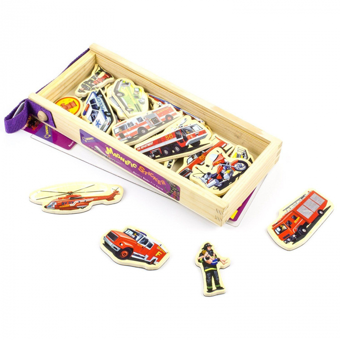 Set piese magnetice din lemn - vehicule de intervenție pompieri - în cutie din lemn cu mâner [1]