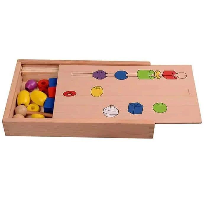 Joc Montessori din lemn de înșiruit mărgele pe băț - FRIGĂRUI- Beaded game box [5]