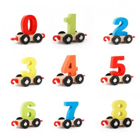 Trenuleţ din lemn DIGITAL cu vagoane numerotate de la 0 la 9 [2]