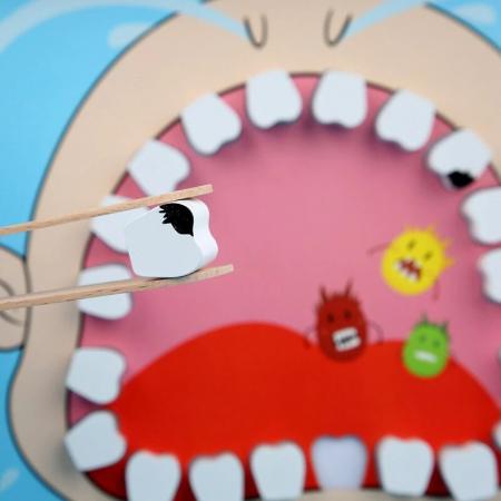 Joc de rol tip carte magnetică Micul dentist - Little Dentist [5]