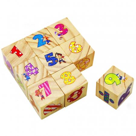 Set 9 cuburi din lemn cu litere, cifre, operaţii matematice şi personaje Disney [1]