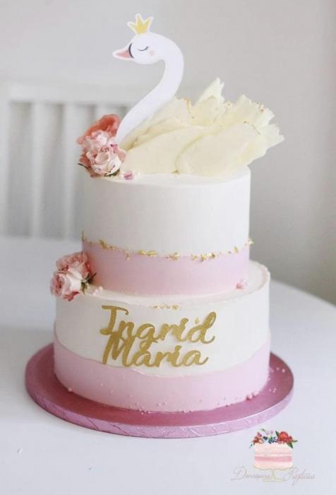Decoratiune de tort cu lebada cu coronita [1]