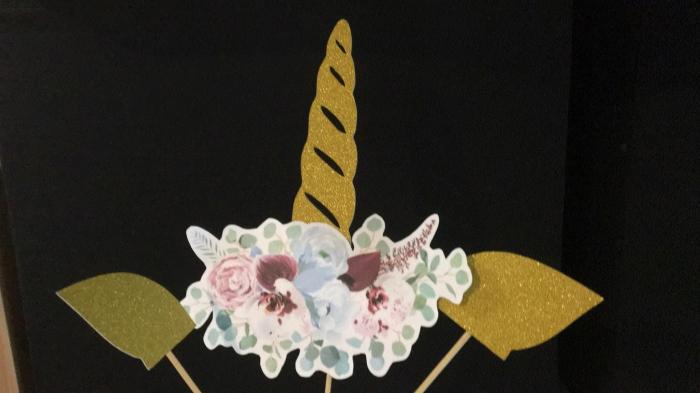 Suită topper corn unicorn cu flori [1]