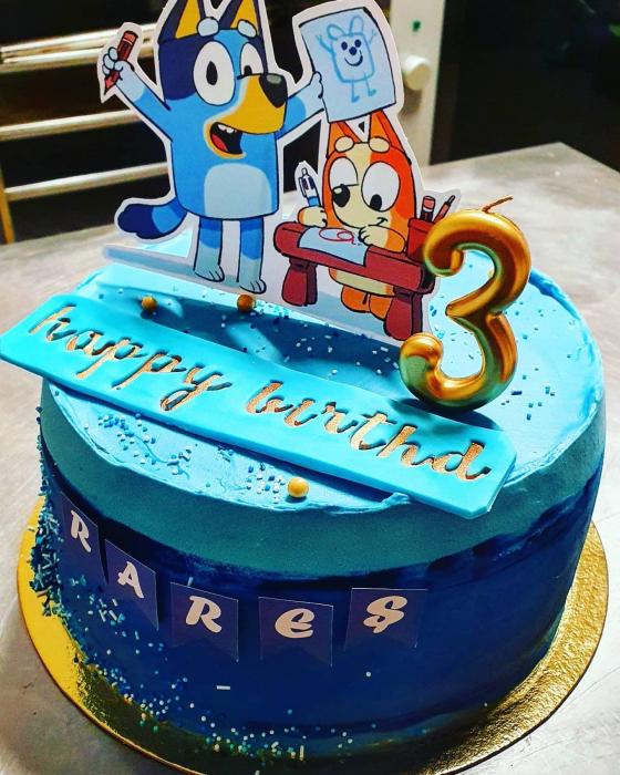 Suita toppere tort decoratiune cu Bluey 1