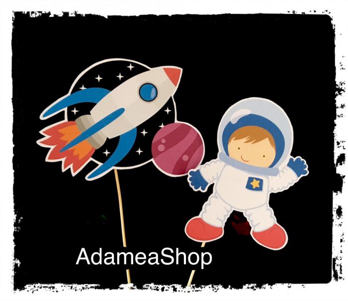 Topper pentru tort cu cosmonaut si racheta [0]