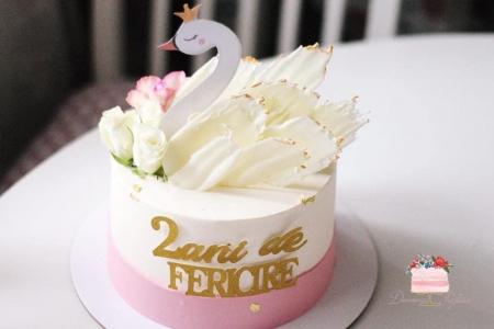 Decoratiune de tort cu lebada cu coronita [0]