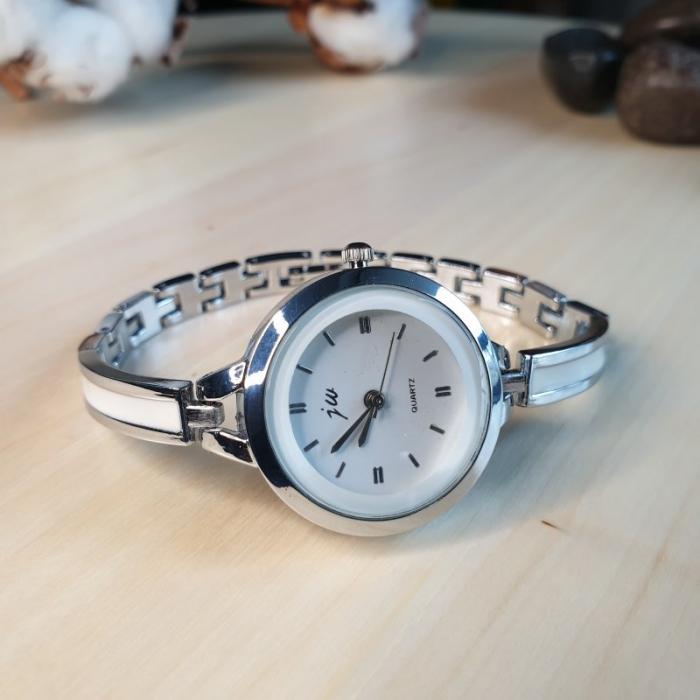 ceas dama elegant cu bratara metalica 2