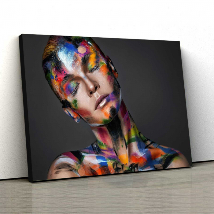 Tablou Canvas - Painted Girl 0