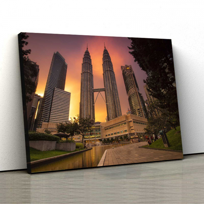 Tablou Canvas - Towers 0