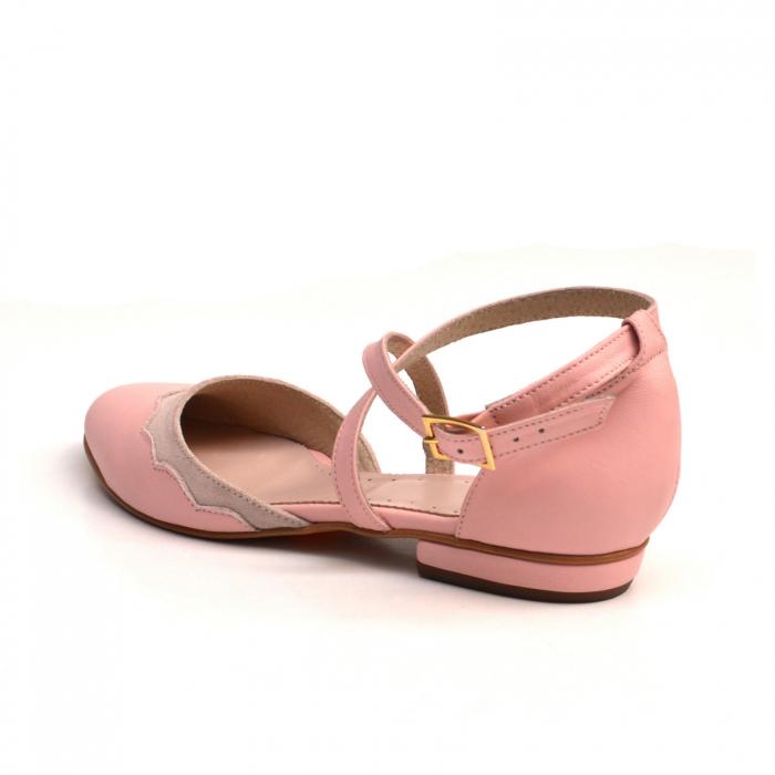 Balerini din piele roz cu barete incrucisate 1