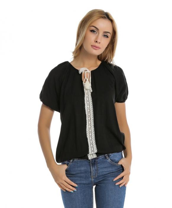 Bluza casual neagra cu aplicatie de dantela perforata B109 0