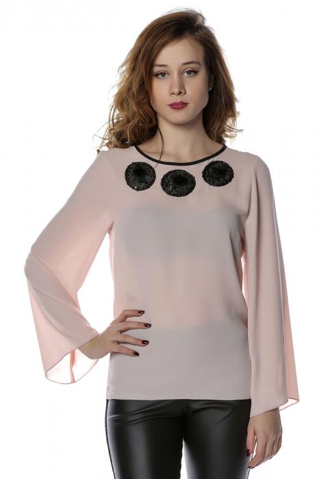 Bluza eleganta din voal nude cu aplicatii negre B118 0