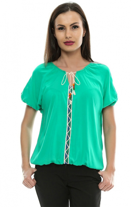 Bluza cu aplicatii dantela brodata B80 0