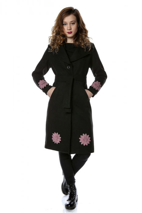 Palton dama din stofa neagra si flori aplicate PF23 0