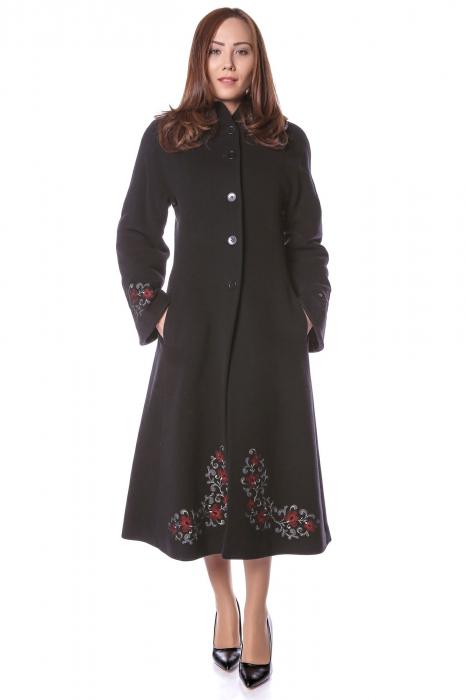 Palton lung brodat din stofa de lana Domnica 0