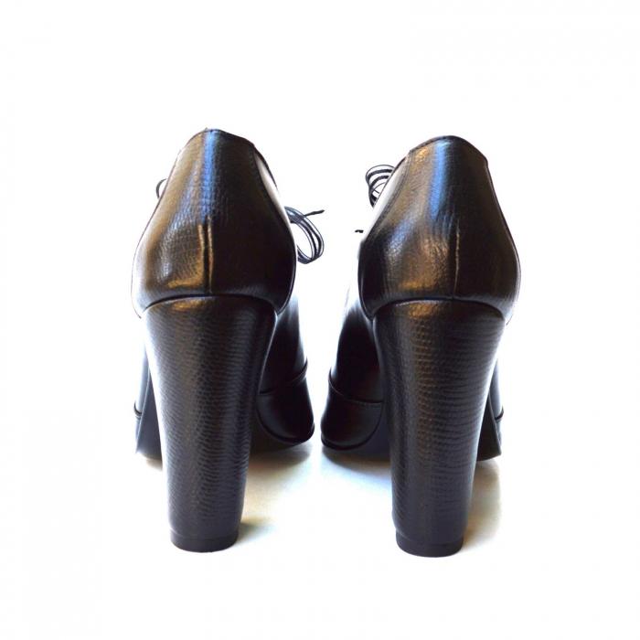 Pantofi cu toc gros si siret din organza 3