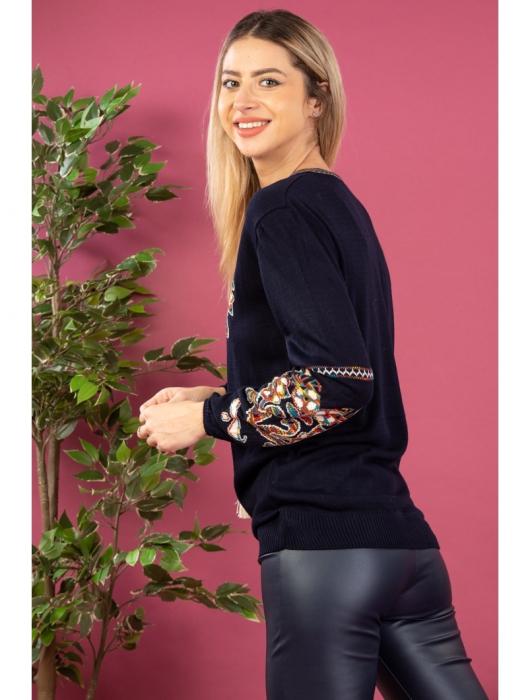 Bluza cu maneci lungi din tricot bleumarin cu broderie florala 2
