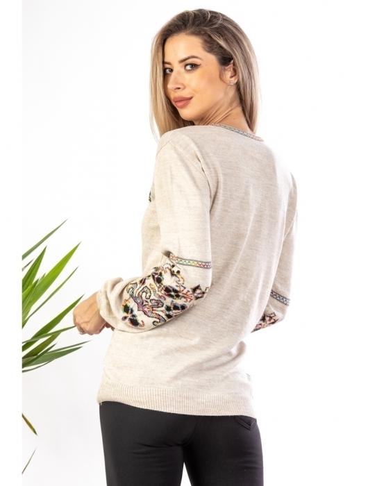Bluza cu maneci lungi din tricot bej cu broderie florala 2