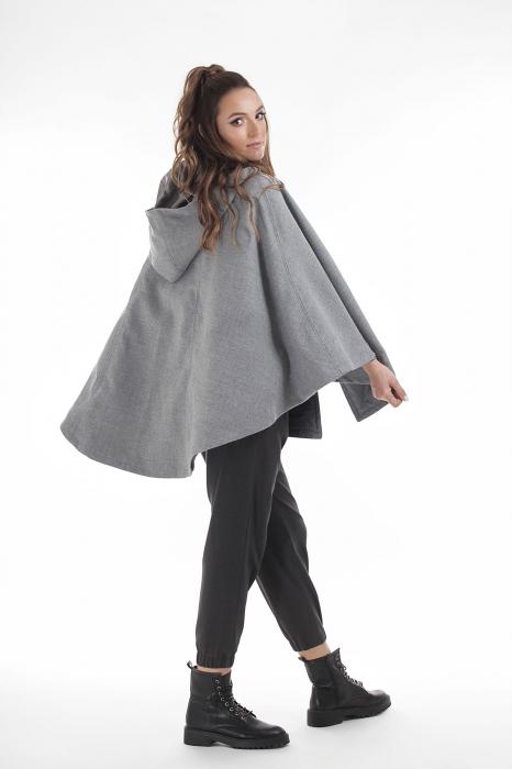 Capa gri din stofa de lana 3