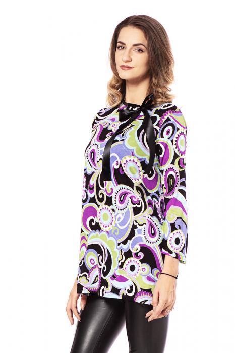Bluza lejera cu imprimeu multicolor si maneci trei sferturi [2]