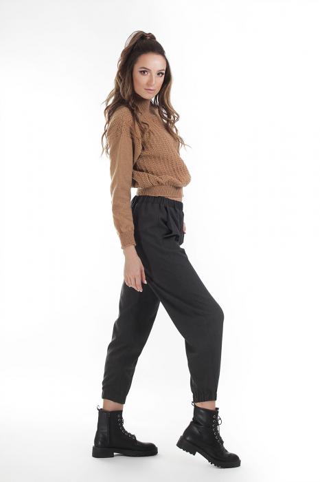 Pantaloni jogger negri din stofa 1