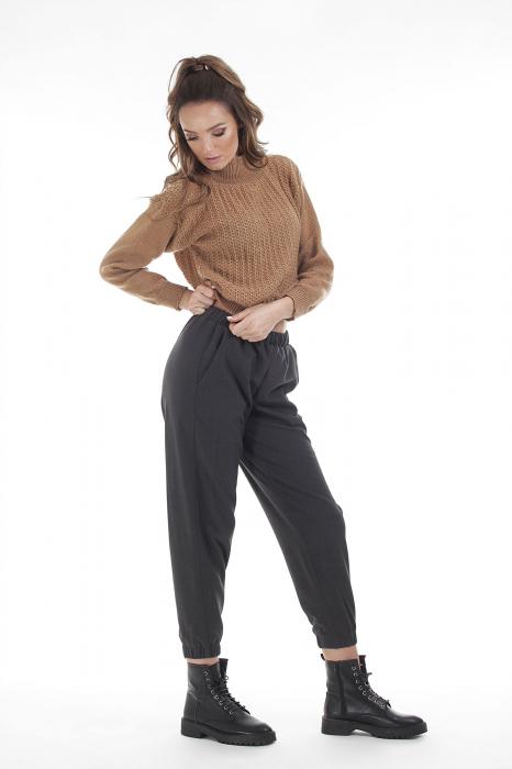 Pantaloni jogger negri din stofa 0