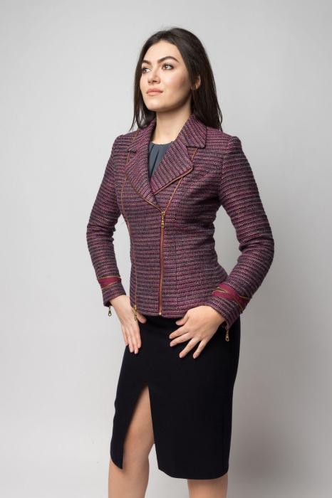 Jacheta scurta cu fermoare decorative si guler cu revere 1