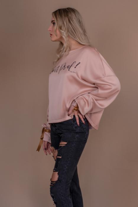 "Bluza oversize roz cu maneci lungi si imprimeu ""Sunt praf de zane"" 2"