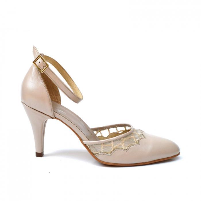 Pantofi dama eleganti cu toc jos Nude Lace 0