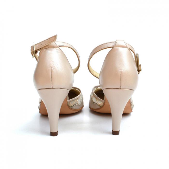 Pantofi dama eleganti cu toc jos Nude Lace 3