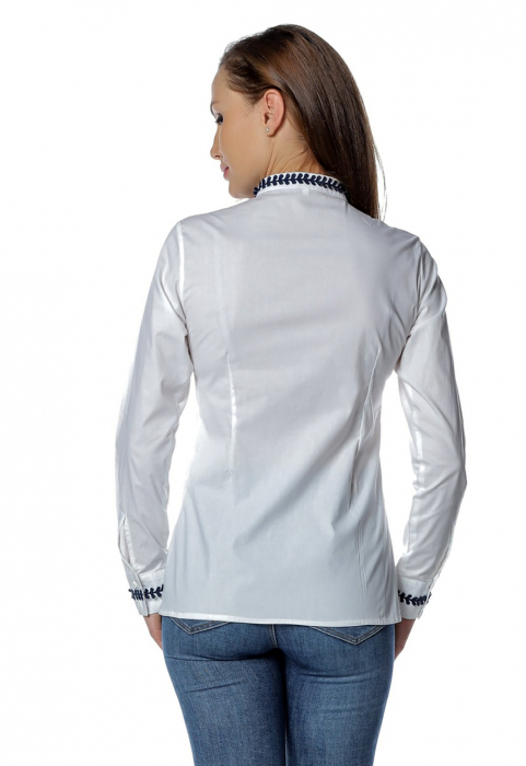 Camasa office alba tip tunica cu broderie aplicata B144