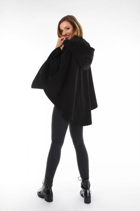 Capa cu gluga din stofa pentru femei 1