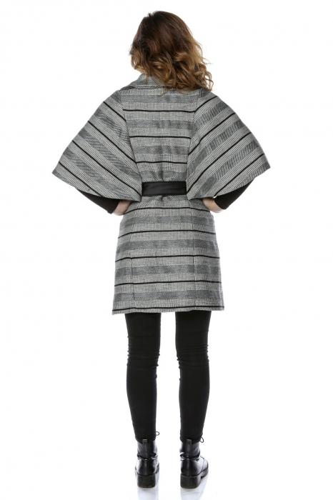 Capa dama din stofa gri cu dungi orizontale si cordon CA12 1