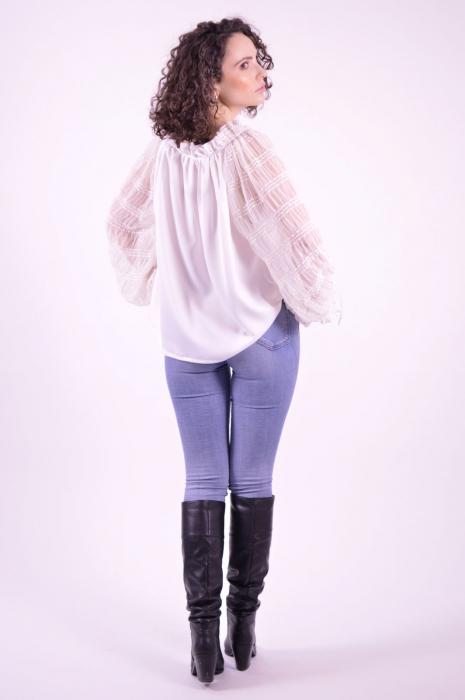 Bluza tip ie cu imprimeu traditional si maneci lungi din tulle fin 4