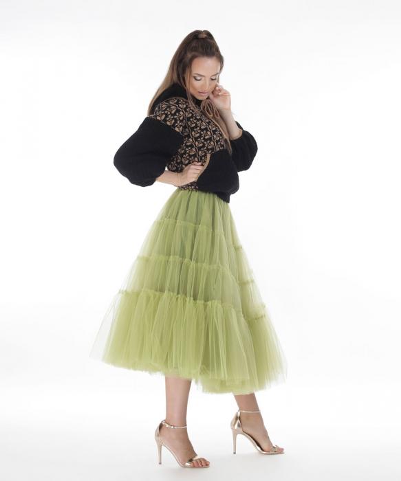 Hanorac dama negru tricotat cu motive romanesti 1