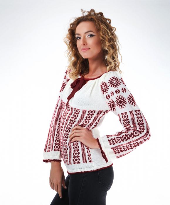 IE tricotata cu model traditional grena Onibon 1
