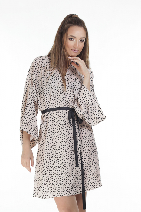 Kimono dama din vascoza cu imprimeu cu motive geometrice [1]