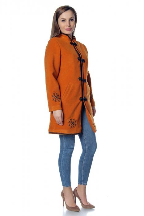 Palton caramiziu dama din stofa cu broderie PF40 1