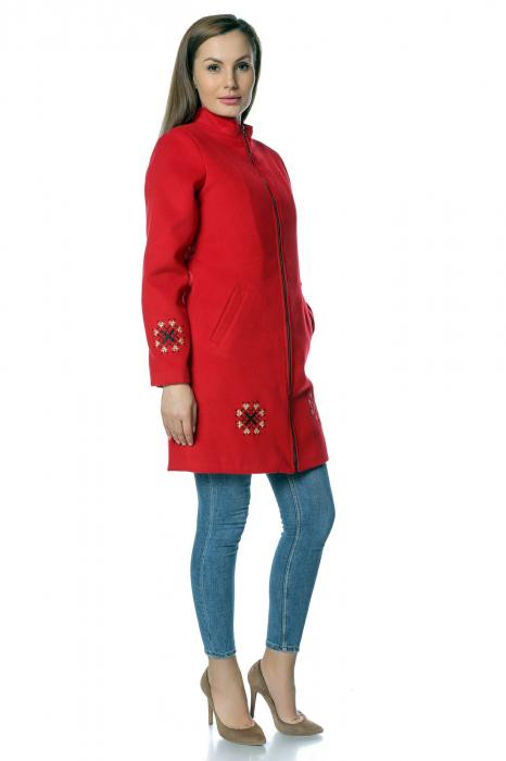 Palton rosu dama din stofa cu broderie traditionala PF36