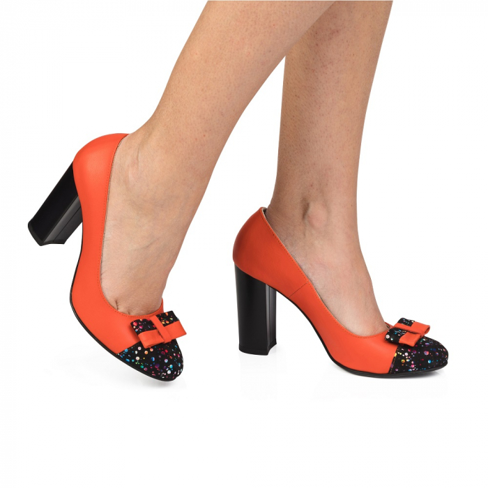 Pantofi cu toc gros rosii din piele si varf multicolor, CA29 0