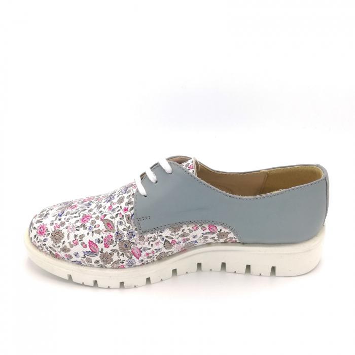 Pantofi dama din piele cu talpa joasa Flowers Grey