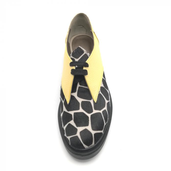 Pantofi dama din piele naturala galbeni cu ponei animal print 3