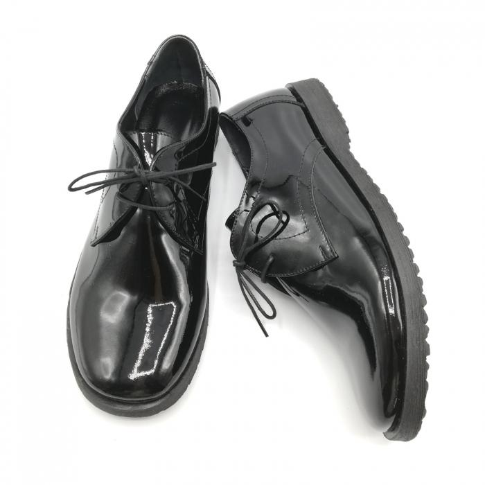 Pantofi din piele lacuita Pax negri 5