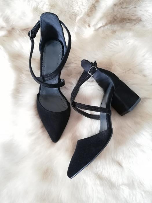 Pantofi din piele naturala cu toc gros Black Velvet 1