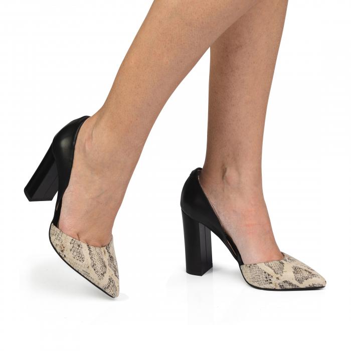 Pantofi din piele naturala snake print toc gros CA58 0