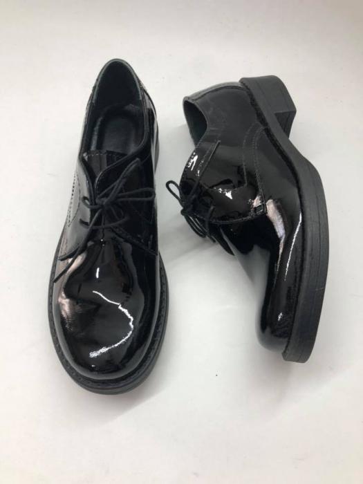 Pantofi din piele naturala lacuita neagra Clara, 40 0